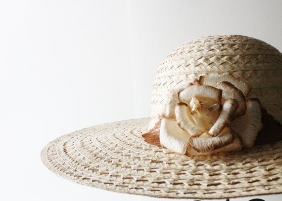 HALF Off Sale//50% Off// Vintage TO THE Races  Woven Straw Hat with Silk Flower