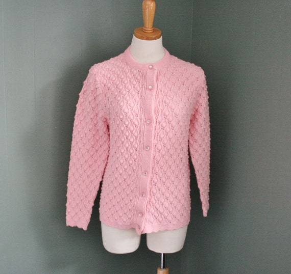 reserved...10 Dollar Sale - Vintage 60s 70s PINK Cardigan Sweawter - Women M - Wintuk Chris Ann