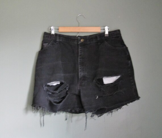 Vintage WRANGLER Black Denim Shorts - Cut Offs  - Women XL Destroyed Jeans