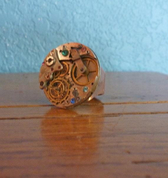 Steampunk Ring Round Watch Movement