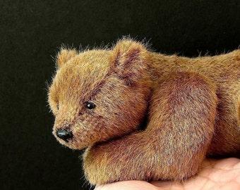 PDF pattern for Realistic Bear Alpha 7 inch long by Aerlinn Bears
