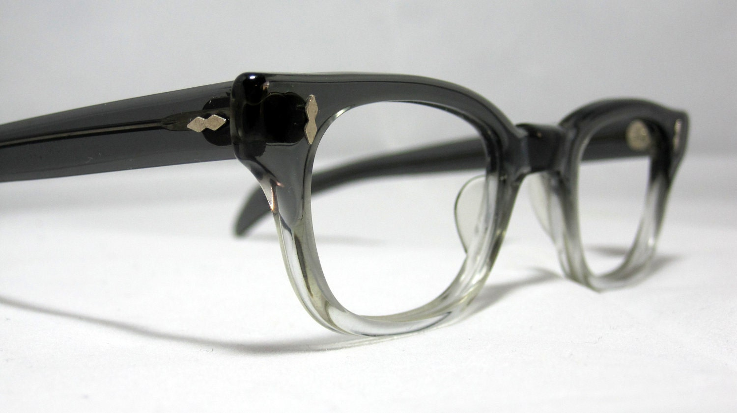 Men s Eyeglass Frames : Vintage EyeGlasses Frames Mens Gray Fade Horn Rim Glasses.