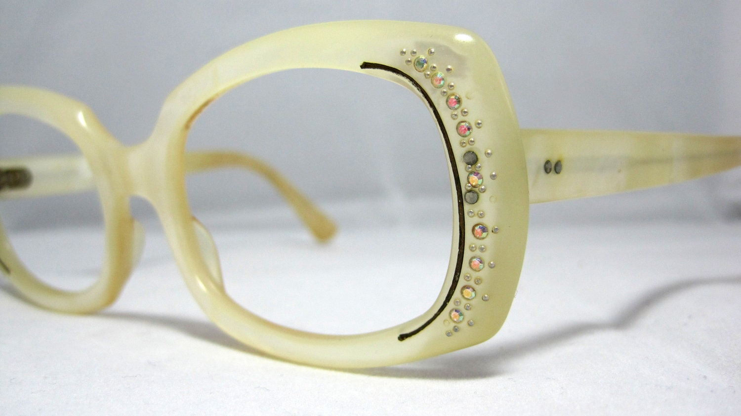 Vintage Eyeglasses Sunglasses. Ivory and Gold color with