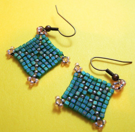 God's Eye Square Earrings (Matte Green and Yellow)