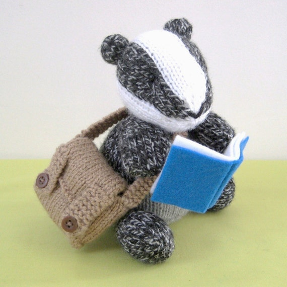 Brompton Badger toy knitting pattern, instant download