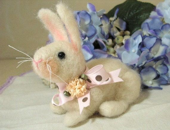 Needlefelted sculpture rabbit bunny natural wool miniature for collectors or childrens toy