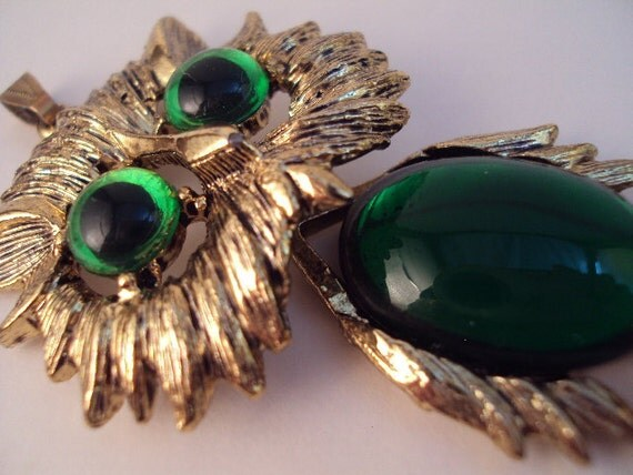 Vintage Green and Gold Wiggly Owl Pendant