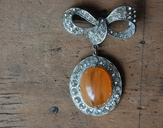 RESERVED /// vintage brooch / 1950s jewelry / WINTER CITRUS