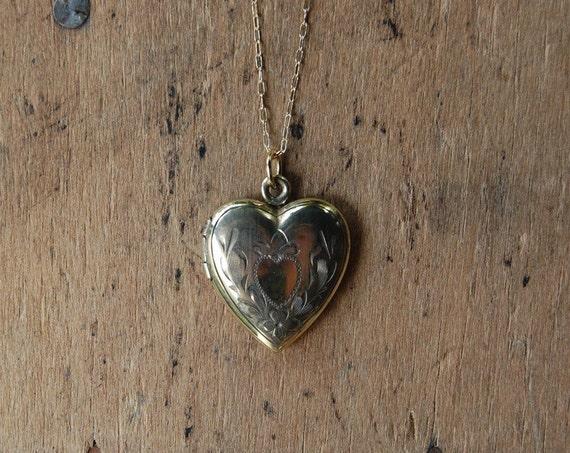 BEAHAVA 1950s vintage heart locket