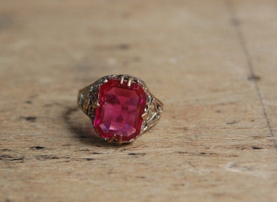 Art Deco ring / 1920s jewelry / CHERRY CORDIAL PINK