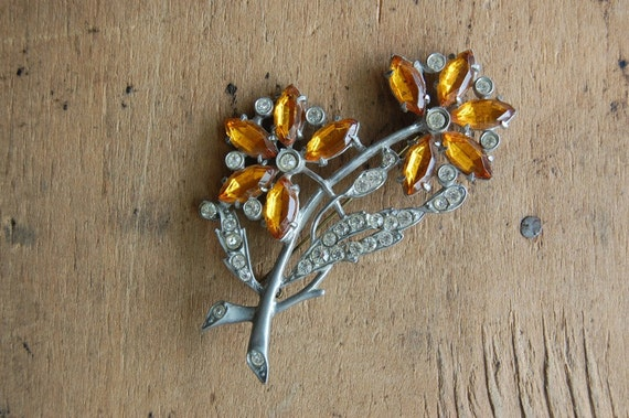 RESERVED /// vintage Art Deco brooch / 1940s jewelry / ACACIA ORANGE