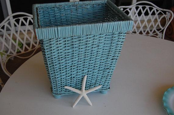 Vintage shabby chic turquoise waste basket at retro daisy girl - Shabby chic wastebasket ...