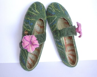 Felted slippers Sandals Green / Blue / Pink / Brown / Yellow / Handmade