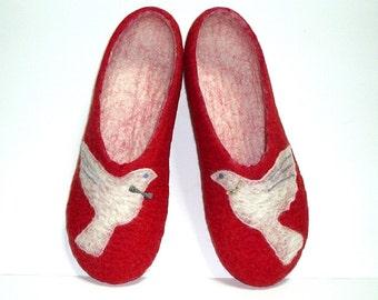 Cute lovebirds ...Felted slippers  / Red / White / Handmade