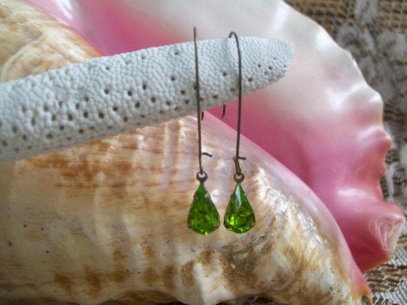 Fresh in Green Vintage Glass Earrings