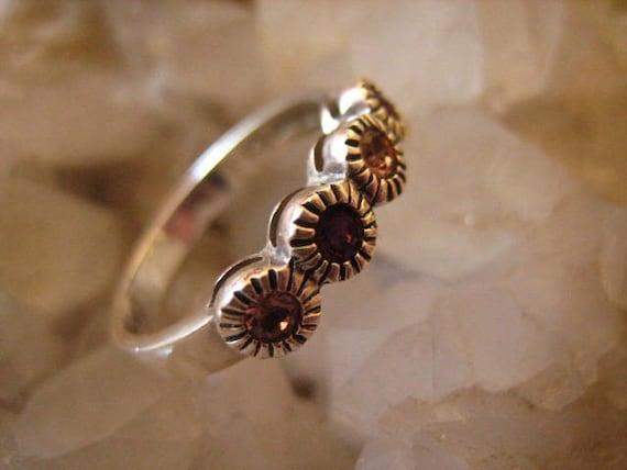 Vintage Sterling Silver & Amethyst Gemstone Ring 7 US  .....589