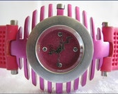Retro Vintage Style Pink Leather Watch Alfresco Style Bizarre Collection Handmade Small  Bracelet   Watch with a lovely pattern FREE SHIP