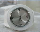 Handmade Rubber Quartz Wrap Watch with a classic pattern  WORLDWIDE FREE SHIPPING