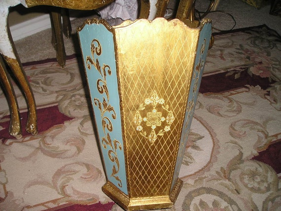 Chic Italian Florentine Gilt Wood waste basket/umbrella stand,container Hollywood Regency Fab..