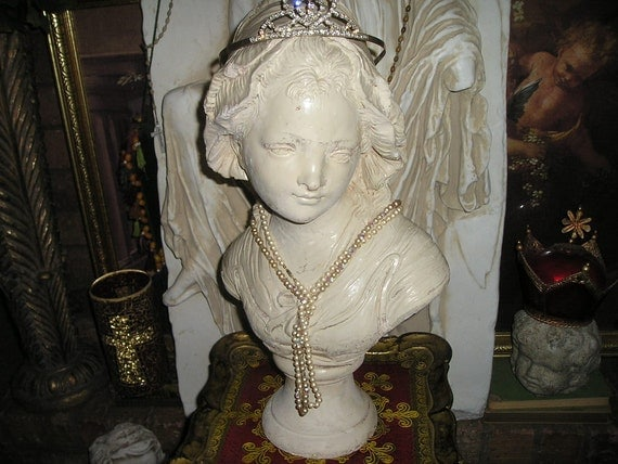 Lovely  LG.French Country Girl Chalkware Bust/Statue with Rheinstone Tiara Crown&pearls Shabby Chic