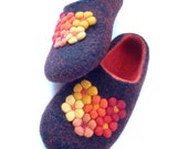 Felted wool slippers Black/Red