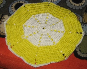 Vintage Crocheted Pot Holder Yellow and White