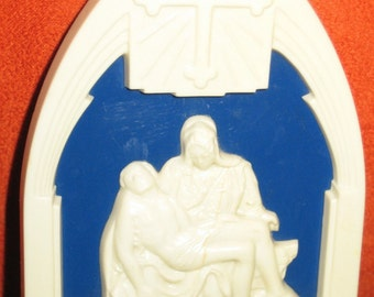 Small Vintage Plastic Mary and Jesus Wall Hanging