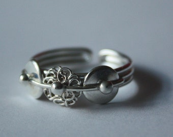 STAY HOT with WOOLLY. Small ring. Solid sterling silver 925. Handcrafted. Ready to ship.