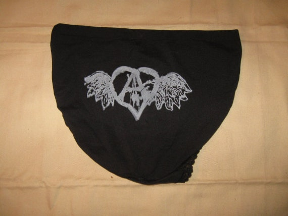 black flying forest defender panties, medium