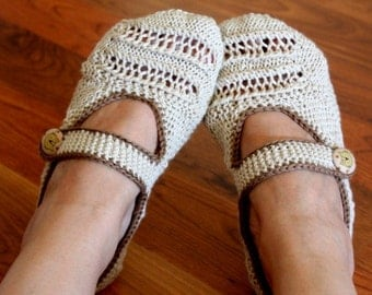 Knitting Pattern (PDF file) - Beige Home Slippers Adult size
