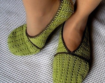 Knitting Pattern (pdf file) Green Home Slippers ( adult size)