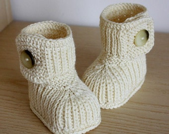 Knitting Pattern (PDF file) Winter Baby Boots (0-6/6-12 months)