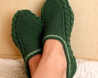Knitting Pattern (PDF file) Adult Slippers Cable ( all sizes)
