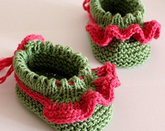 Knitting Pattern (pdf file) Roses Petal Baby Booties (sizes 0-6/6-12 months)
