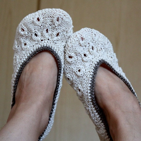 Knitting PATTERN (PDF file) - HOME Slippers VANILLA (Adult sizes)