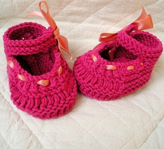 Knitting PATTERN PDF file BABY SHOES Mary Jane with RIBBON
