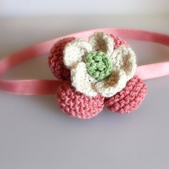 Knitting Pattern (pdf file) Flower /Old Fashioned Pink headband