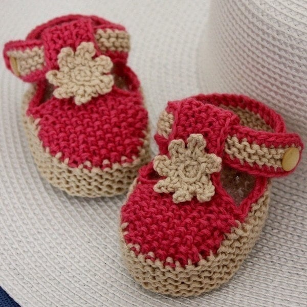 Free Crochet Pattern T Strap Booties : Knitting Pattern PDF file T-strap Baby Booties 0-6/6-12