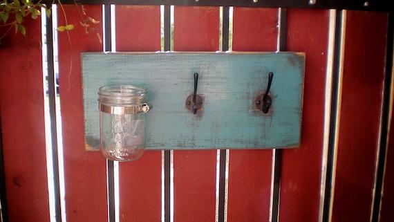 Turquoise Jar Wall Coat Hanger