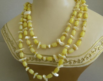 Vintage Jonquil Mother of Pearl Necklace