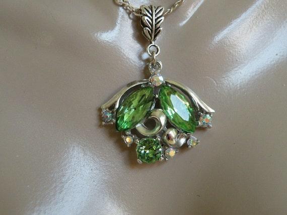 Perodot Rhinestone Necklace