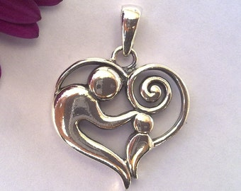 Solid Sterling Silver 925 Beautiful Mother with Child Loving Family  Charm Pendant