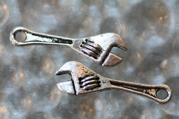 6 Wrench in my plans Charms - Metal - Tibetan Silver