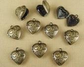 LK-101-33AT 20 Pcs Antique Brass  Cute Heart Mini Locket, NICKEL FREE