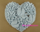 324-00-CA  2pcs Heart Shape Flower Garden Cabochon-Lt Blue.