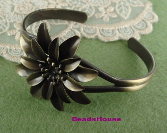 New 2 pcs  Pretty Antique Brass Cuff-Bracelet w/ Flower,35 mm