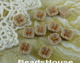 663-02-Bg-Ca  10pcs Petite Lilac Cabochon,Beige/Orange Centre