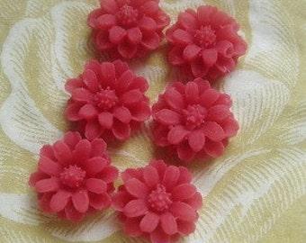 36-00-RD-CA   6pcs Pretty  Mini Chrysanthemum Cabochon -Rouge Red.