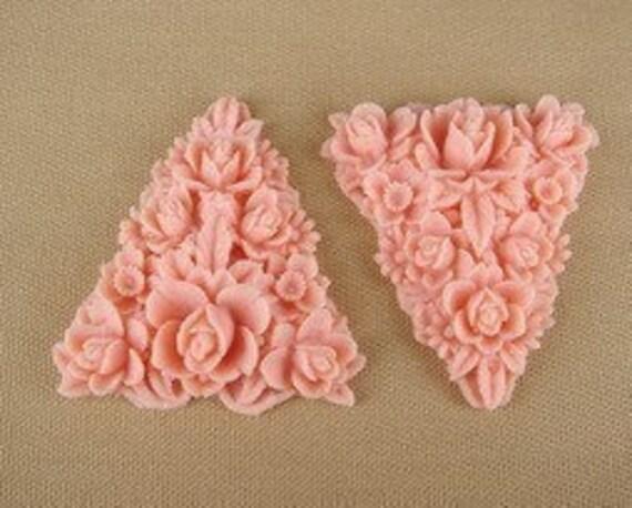 New 329-00-182-CA  4pcs Beautiful Triangle Rose Garden Cabochon-Salmon.
