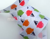 "A0041 - Six (6) YARDS Summer Fun Ice Cream Cones on 7/8"" White Grosgrain Ribbon for scrapbooking, bowmaking, accessories"